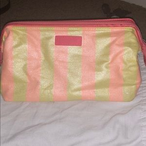 Benefit cosmetic case